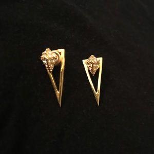 Jewelry - Gold dagger earrings